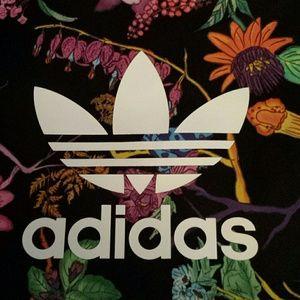 d8189f97460e adidas Bags - Adidas Poisonous Garden Reversible Shopper Bag